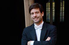 Timo Handschuh, Künstlerischer Leiter und Chefdirigent