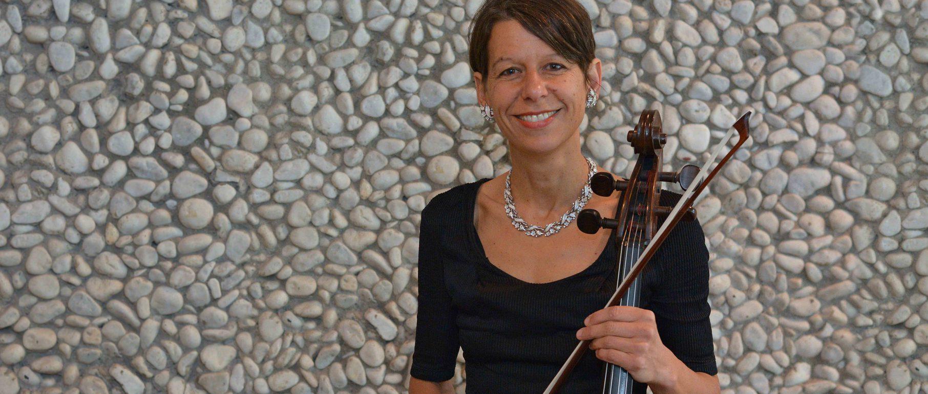 Konstanze Bodamer, Violoncello