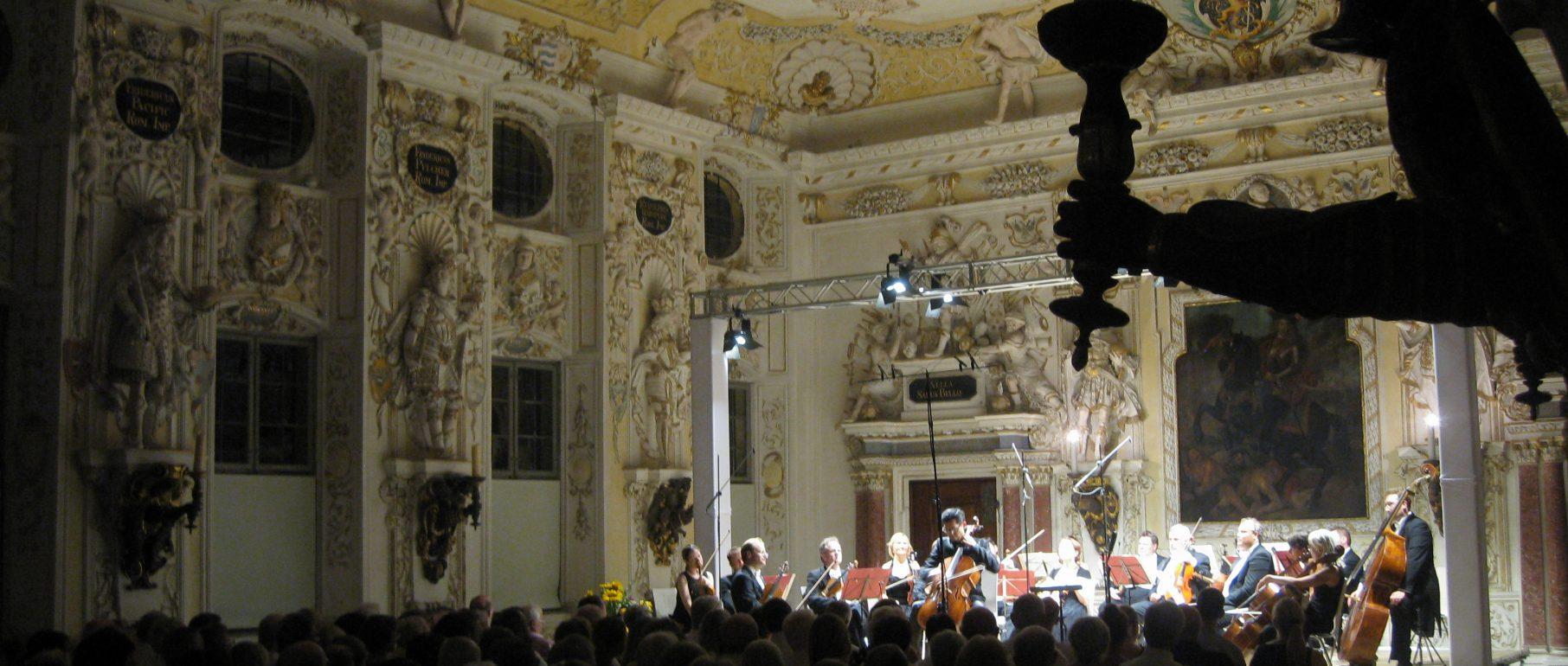 Auftritt im Kaisersaal des Salemer Schlosses